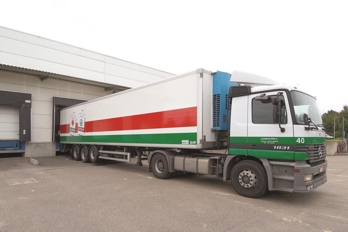 Lambrechts Spar winkel beginnen – levering vrachtwagens